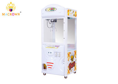 China Amusement Prize Stuffed Animal Claw Machine Plastic And Colorful LED Light supplier